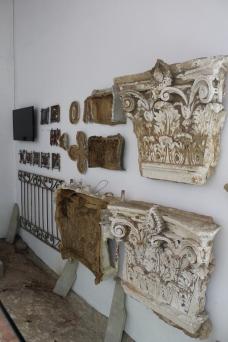Demonstração de moldes para refazer os ornamentos